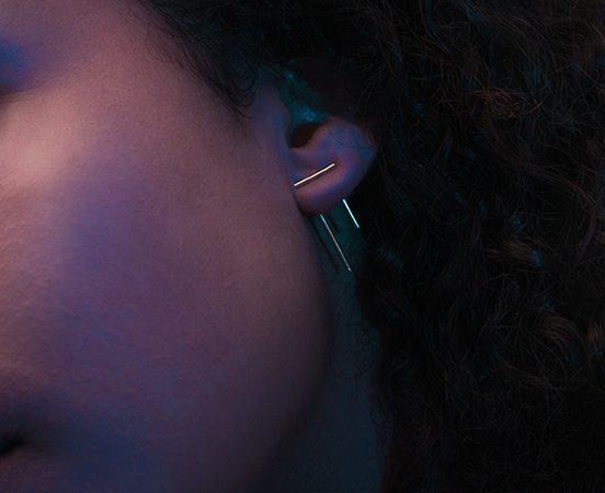 11- 9ct. Yellow gold Double Pendulum earring.