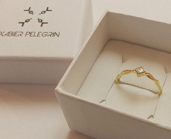 18ct. Yellow gold Twist & diamond engagement ring